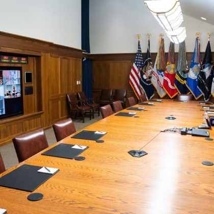 8ad4837e-4b6d-4eac-8017-13bf2575750b-conference_room
